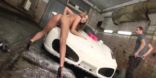 Carwash with full service