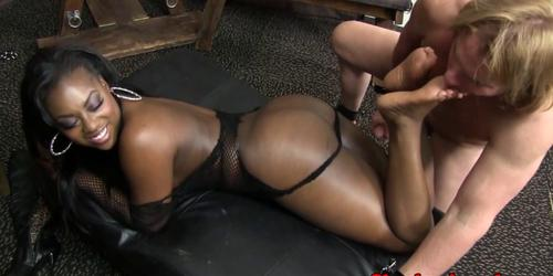 Busty ebony babe getting naughty