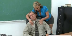 Busty babe Phoenix Marie gets ass fucked in classroom