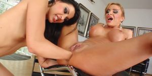 Gonzo fisting with Cindy Hope and Bonni Bone on Fist Flush