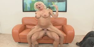 Horny Lisa Lennox Proves Too Much For Stud