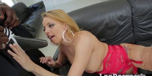Blonde Brittney Amber grabs a bbc and gives it a bj