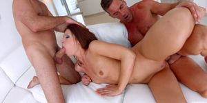 Regina Crystal gets a load of messy creampie deep inside - All Internal