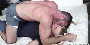 Muscle man slamming pretty twink with his big fat cock