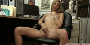 Lovely babe pawns her pussy and screwed by pawn keeper