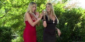 Danielle Maye and Lexi Lowe