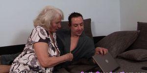 Порно видео мамы и мамочки, порно с опытными женщинами