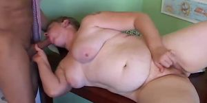 Chubby amateur loves cum photo 907