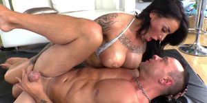 Inked dominatrix drilled by her submissive