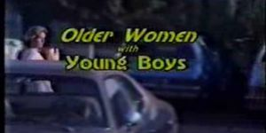 Older women sex porn - Older women with younger boys-movief70