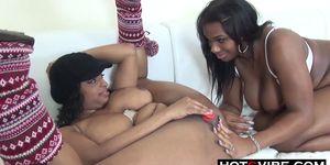 Huge Tits Black Ebony Lesbians Anal DP