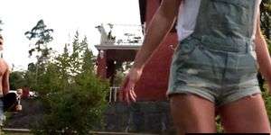 Skater girl gets pounded by a dude outdoors Porn Videos
