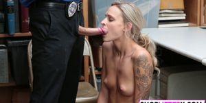 Shoplifter Emma Hix Gets Rammed By The LP Officer