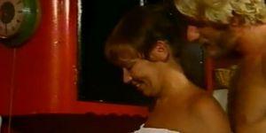Georgina spelvin blowjob hvordan å lage en dame sprute