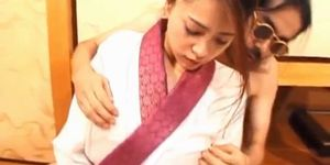 ALL JAPANESE PASS - Kanako Fujimori has peach fingered and nailed