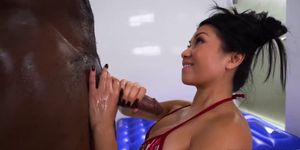 Sexy asian Jackie Lin gives a hot fuck massage Porn Videos