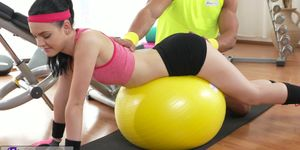 Fitness Rooms Young tight fresh teen has big orgasm before facial