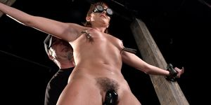 Master Makes Hot Sub Squirting in Device