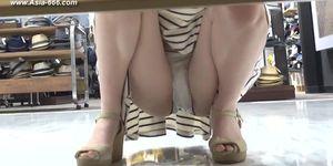 peeping chinese amateur upskirt.46.mp4