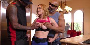 Kinky wife gets bbc cum Porn Videos