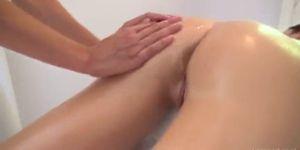 kik tuhmaa sensual massage video