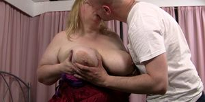 Busty plumper gets her fat pussy licked and fucked Porn Videos