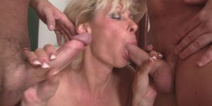 Sexy blonde mature double penetration Porn Videos
