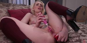 Dont tell Daddy Step mom shows Lily Lovecraft how to be an anal slut