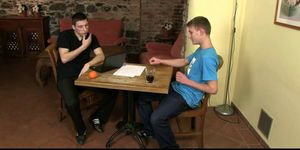 Hetero porn sexo video - Gay lad seduces a hetero student