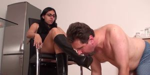 Luscious sienna hudson toys pussy during severe banging - 3 part 3