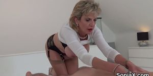 Unfaithful british mature lady sonia reveals her enormous boobs