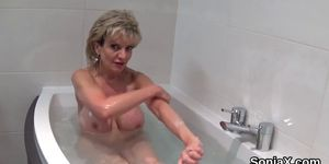 Cheating british milf lady sonia exposes her enormous titties
