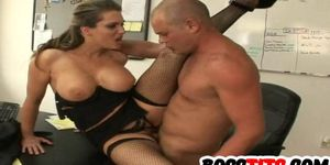 Horny Busty Elle Cee gets Fucked