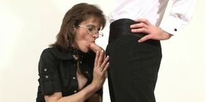 British MILF Sonia lets young friend cum on nylons