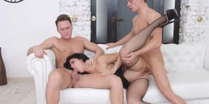 Young Courtesans - Courtesan for two businessmen