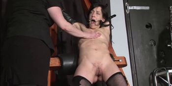 Enslaved painslut Elise Graves whipping