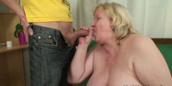 Lad fucks her shaggy old cunt from behind