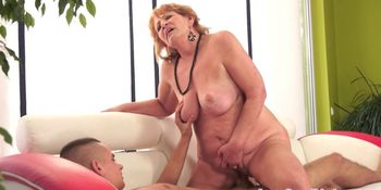 Bootylicious granny sucking and riding cock