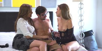 Milf fucks in hot threesome
