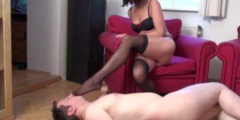 Turkey Mistress dominate slaves