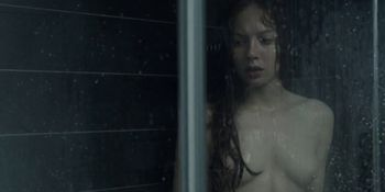 Jenna Thiam nude - Les Revenants s01e03-07 - 2012