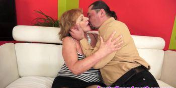 Big ass alluring granny rides cock