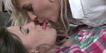 Passionate dyke kissing